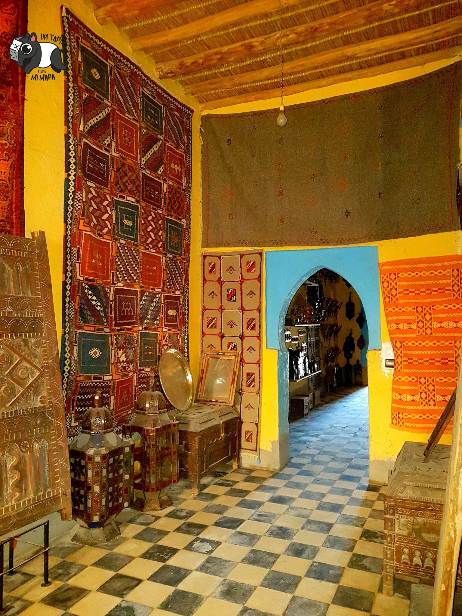 Antiguo punto de mercaderes que ahora es tienda de productos marroquíes.