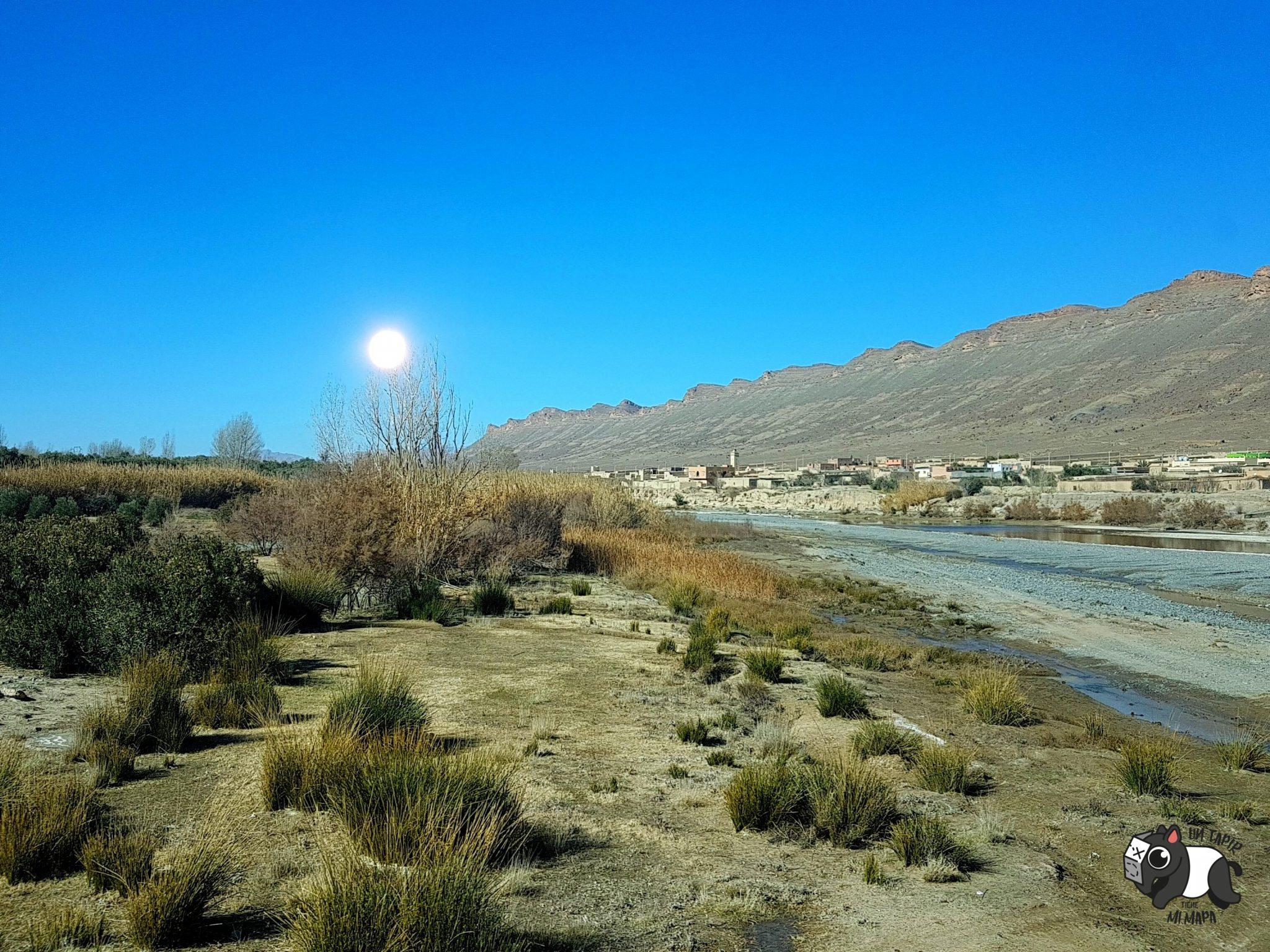 Desde el coche de camino al desierto.
