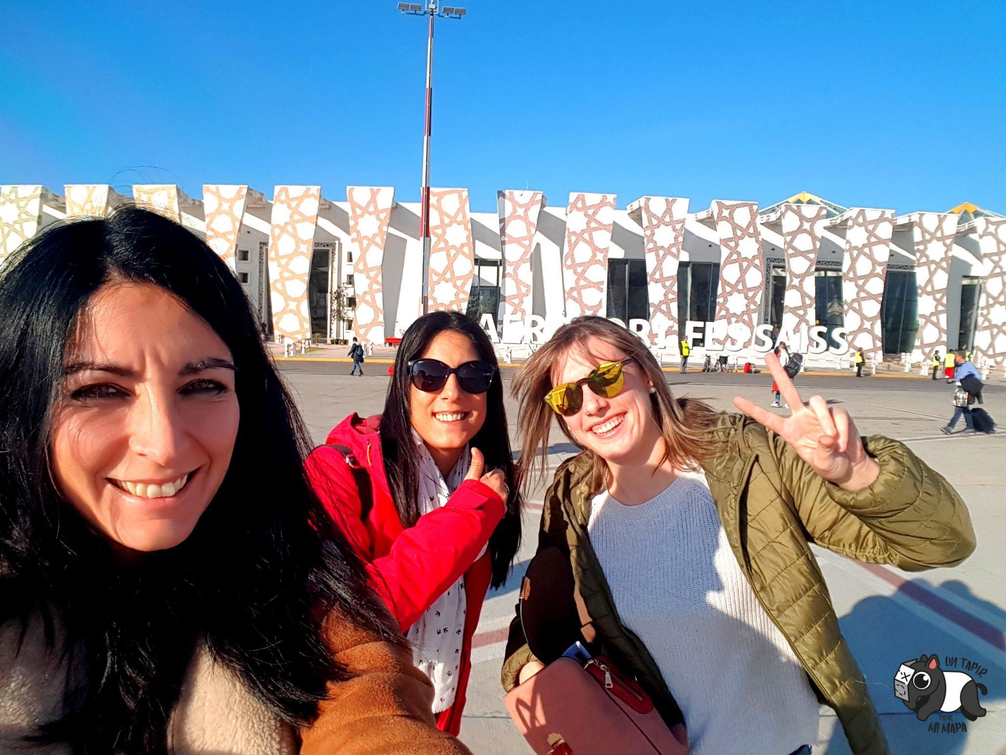 Llegada al Aeropuerto de Fez. ¡Felices!