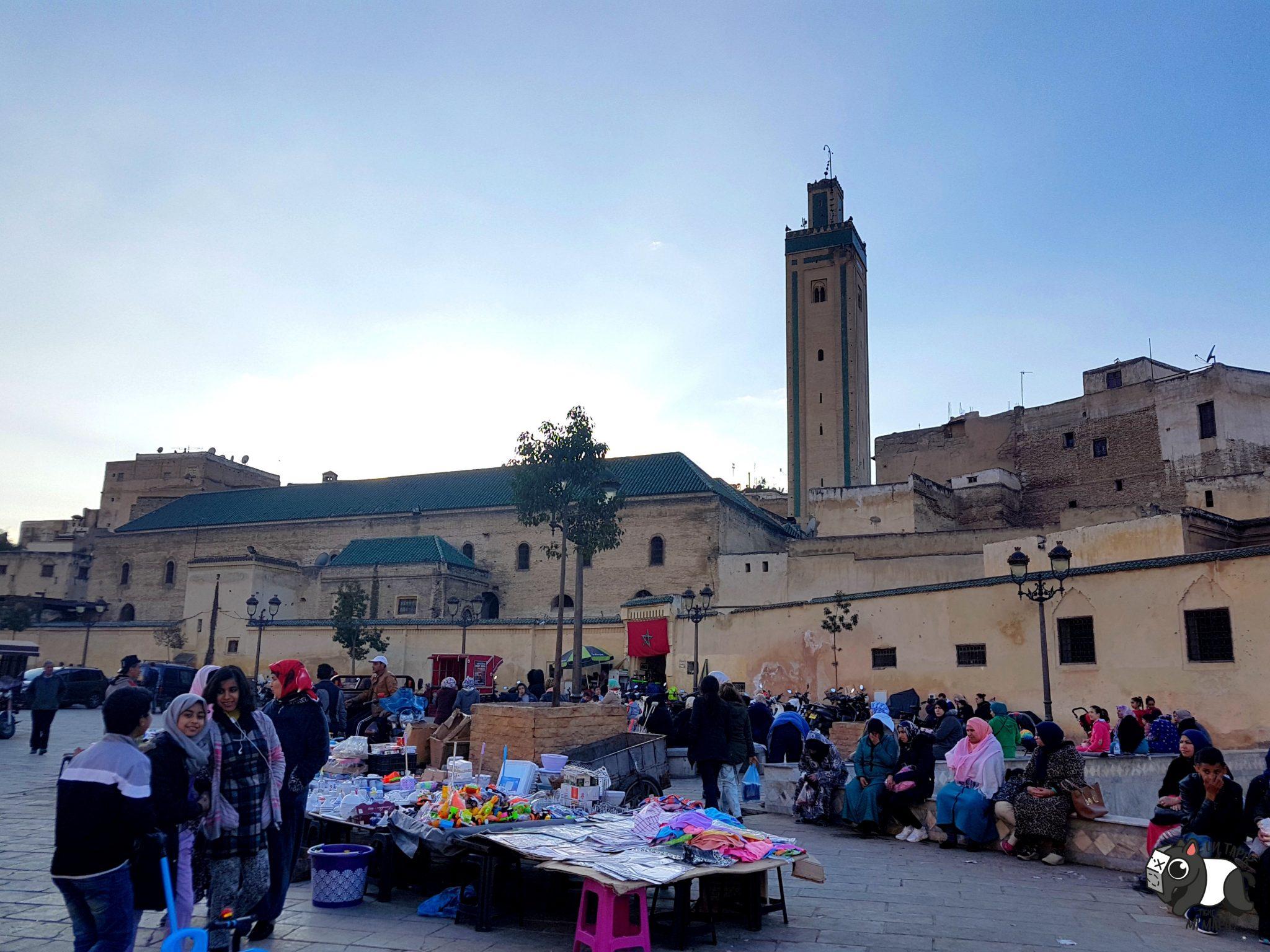 Plaza Rcif, donde se reúnen los lugareños.