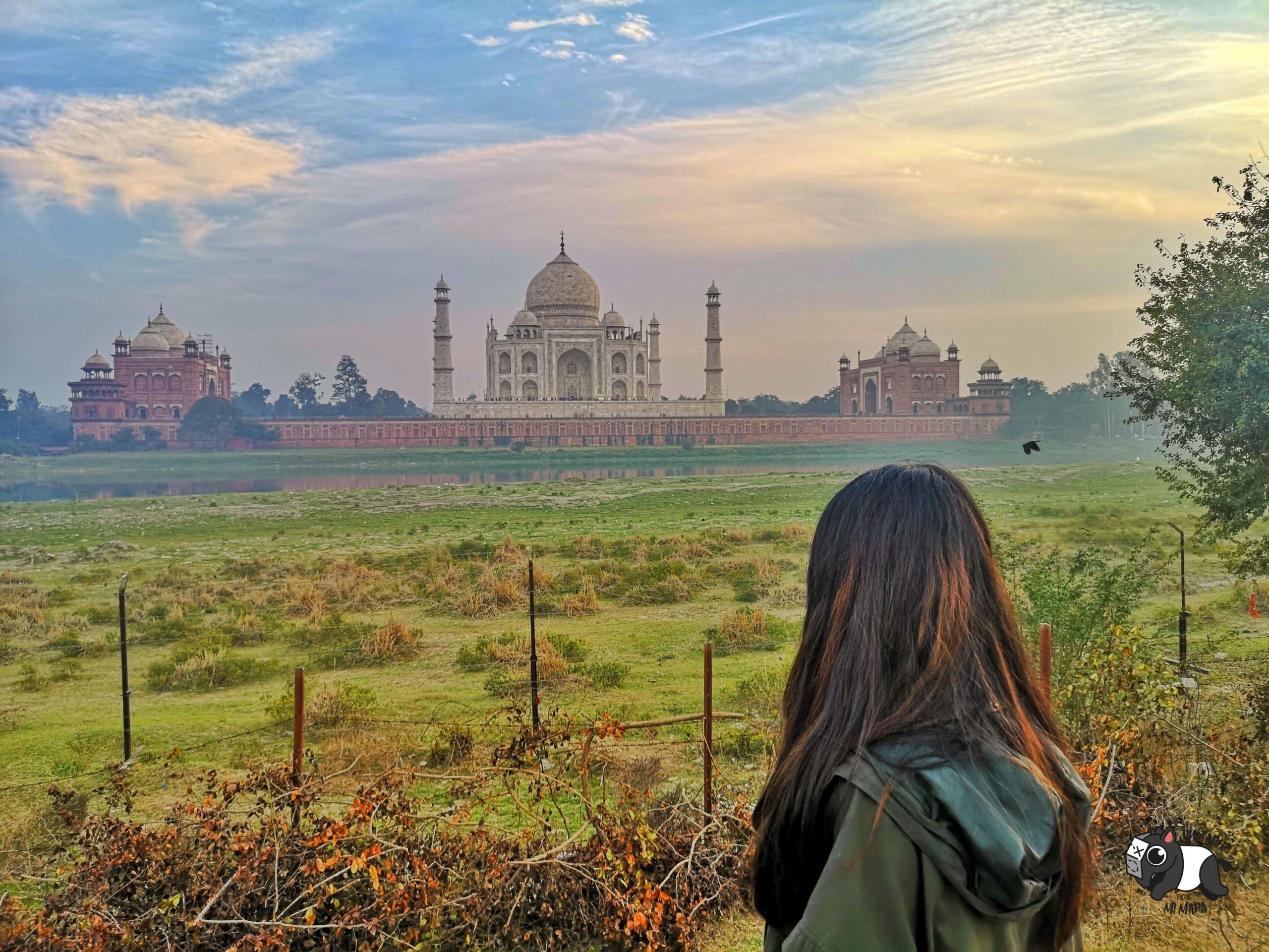 Vista del Taj Majal desde Mehtab Bagh, con cielo espectacular.